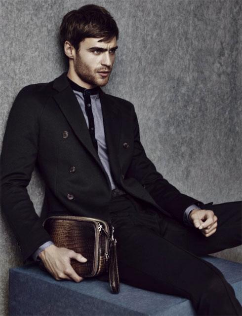 Каталог мужских сумок Giorgio Armani