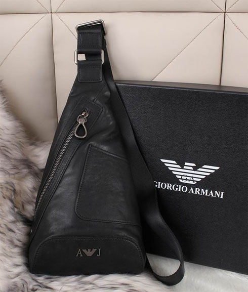 Каталог сумок Giorgio Armani